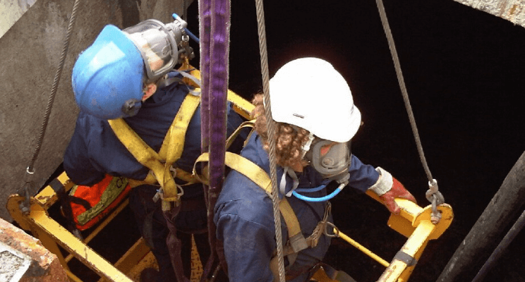 Civil Safety Training and Rescue - How To Safely Rescue Someone From A Confined Space